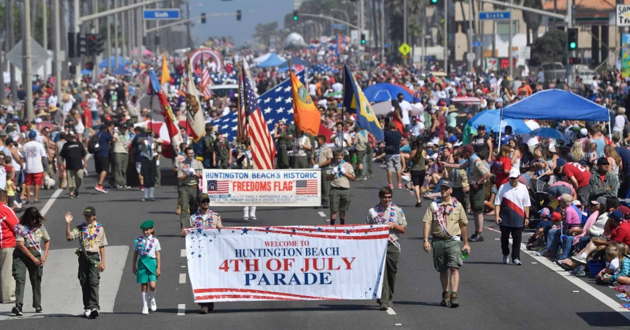 Huntington Beach 4th of July Parade | Orange County DeLorean